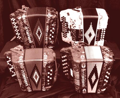 4-acordeones-gabbanelli-sepia