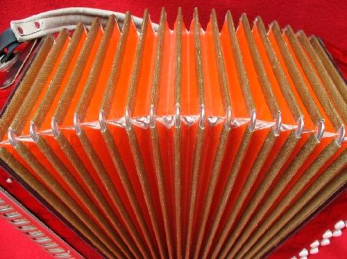 fuelle-naranja
