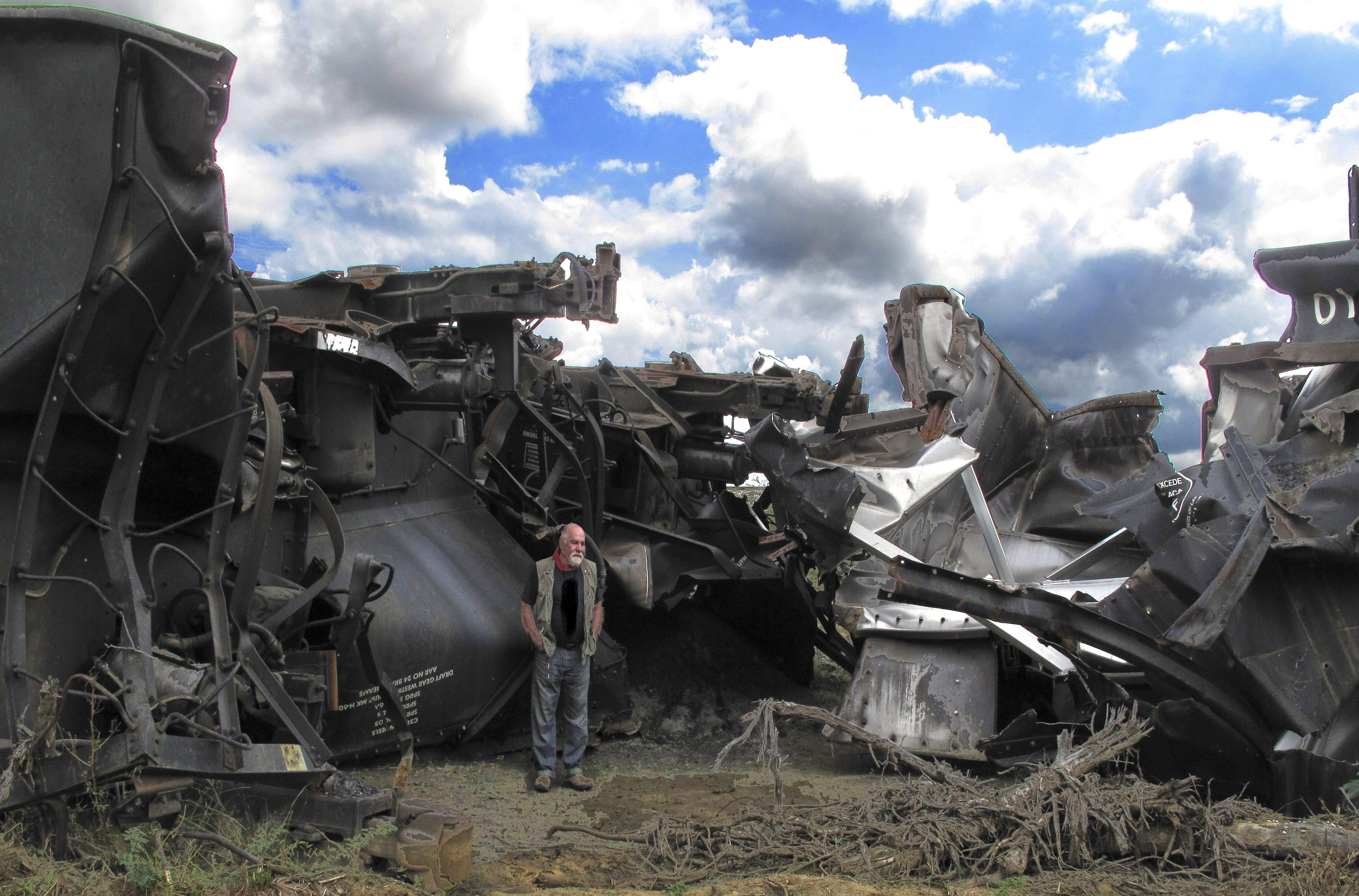 Tren Carbón del Cerrejón Descarrilado de Envidia Foto Gino Lofredo (2008)
