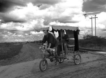 triciclo-rieles-bw1