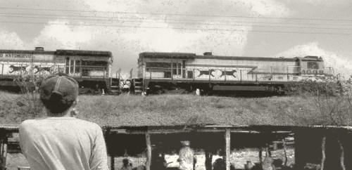 Tren Cuatro Vías Comedores bw small