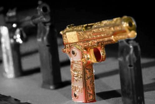 Pistola de Oro bw